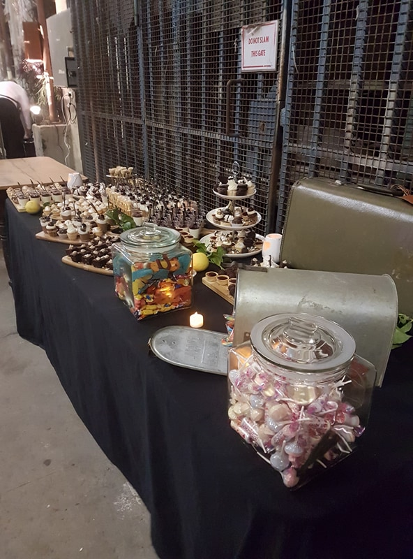 Dessert grazing table