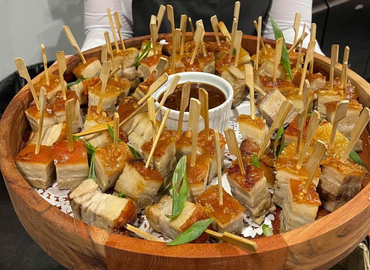 Cocktail wedding catering